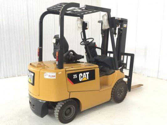 Xe nâng điện CAT 2.5 tấn