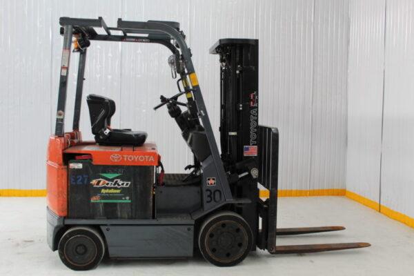 Xe nâng điện Toyota FL400