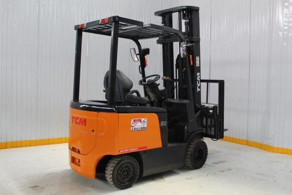 xe nâng điện tcm 2 tấn
