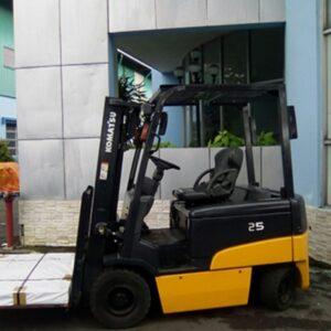 xe nâng điện komatsu 2.5 tấn