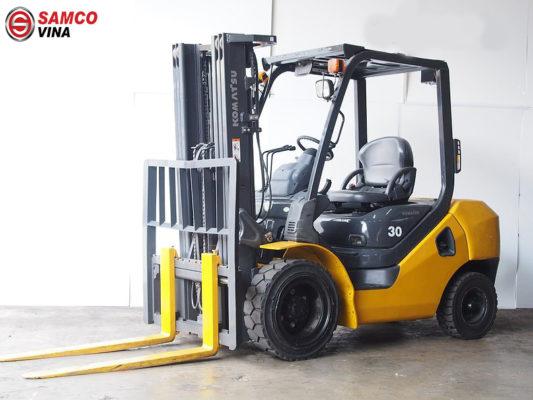 ưu điểm xe nâng dầu komatsu 3 tấn