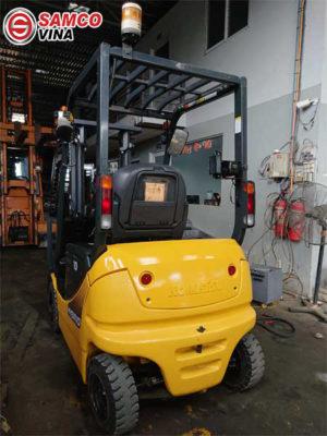 ứng dụng xe nâng điện 1 tấn