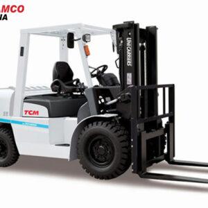 xe nâng dầu tcm FDT9