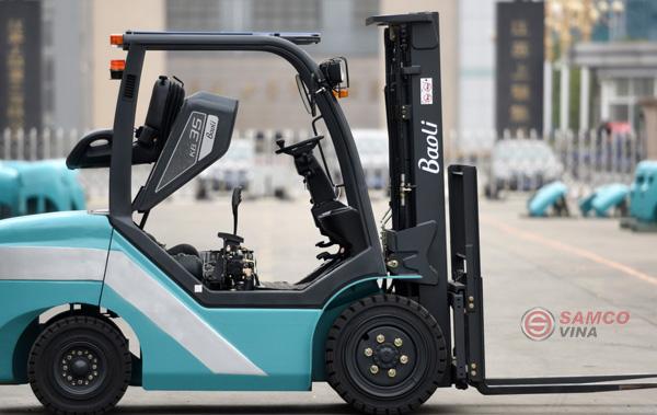 Xe nâng trọng tải lớn Trung Quốc