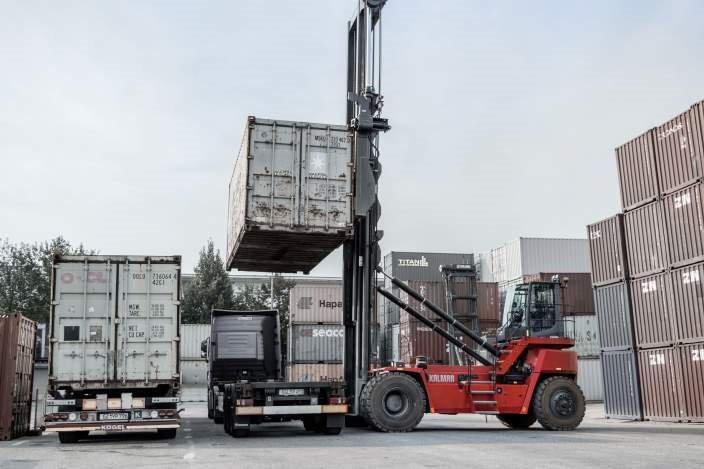 xe nâng Empty container handlers là xe gì
