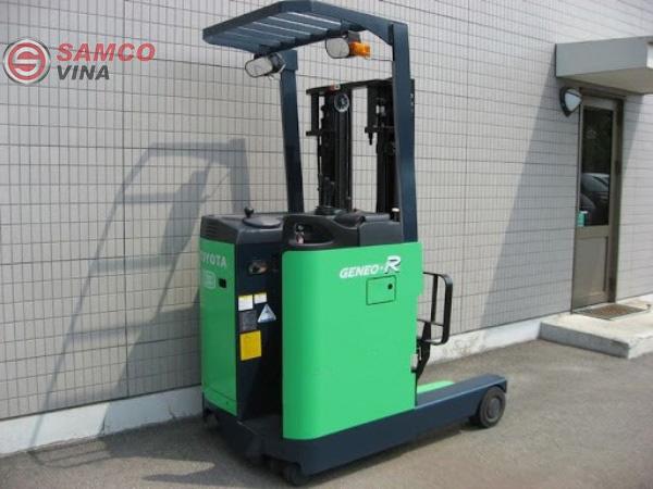 Xe nâng điện cũ được ứng dụng trong việc vận chuyển hàng hóa ở kho bãi